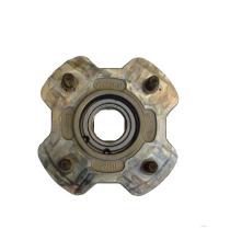 Moyeu de roue arriere Microcar MGO 1/2/3/4 , M8, F8C, LIGIER IXO, JS 50, JS 50 L, JS RC, DUE P85, DUE P88 (entraxe 100 mm)